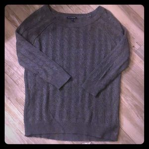 American Eagle 1/4 sleeve sweater